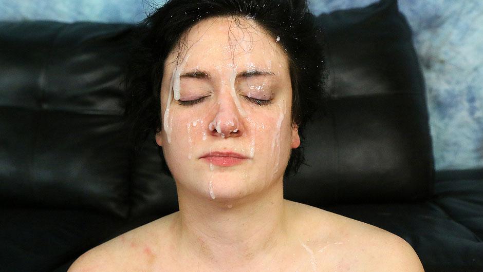 Free videos of women golden showers